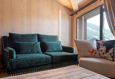 SUITE OLI WITH MOUNTAIN VIEWS